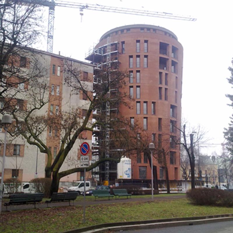 CERTIFICAZIONE ENERGETICA TORRE RESIDENZIALE a Milano