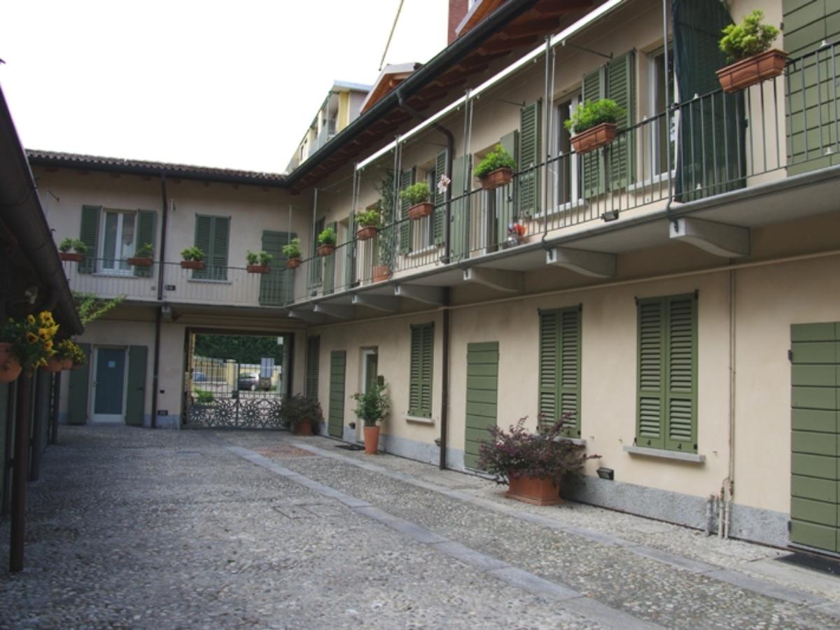 pusterla-facciata-mary-post